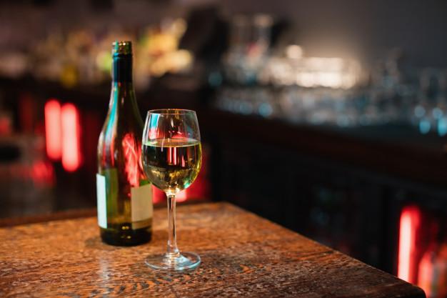vin på tilbud til black friday